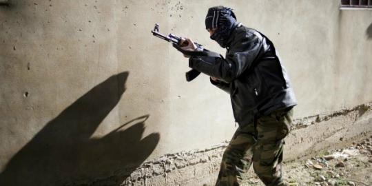 92 Warga tewas ditembak tank pemerintah Suriah