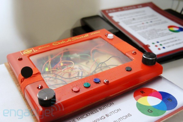 Etch-a-Sketch 3.0 hands-on