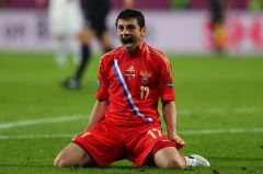 Alan+Dzagoev+makes+it+3-1+for+Russia