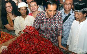 Jokowi Jumpai Pedagang Pasar