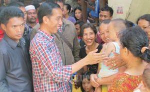 Jokowi  di Pasar_Sukapura Jakarta